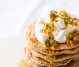 oat banana pancakes